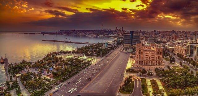 Azerbaycan'da Üniversite Okumak Ekşi