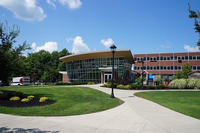 Makedonya Devlet Üniversiteleri