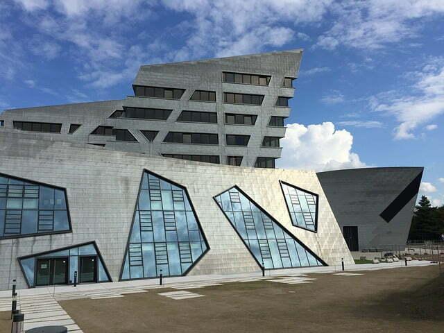Üsküp Uluslararası Balkan Üniversitesi